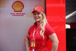 La Olímpica Lydia Valentín Disfrutó Con DISA Shell De La Fórmula Uno