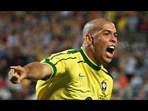 Ronaldo muy cerca de comprar un equipo en España