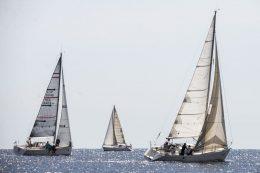 Turno para los regatistas nautas en el Trofeo de Navidad y Trofeo Mini Aecio