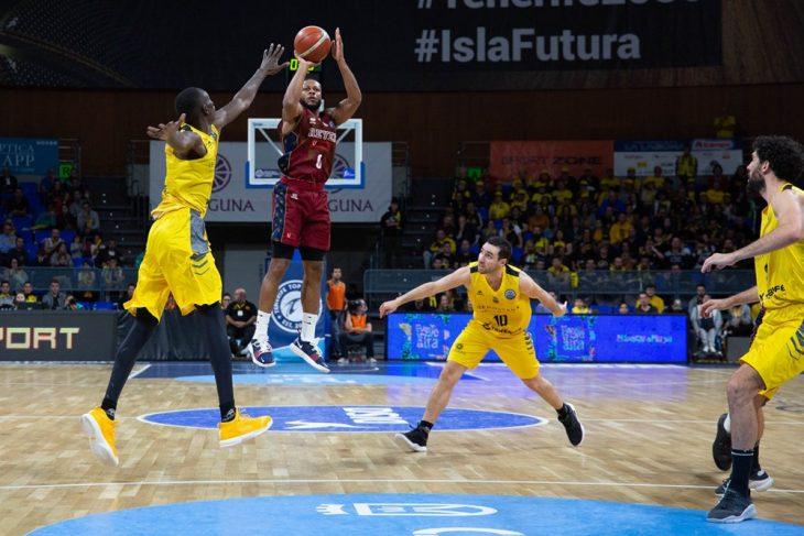 Venezia retrasa el campeonato de grupo del Iberostar