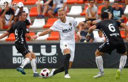 El Valencia 'protege' a Racic antes de confirmar su cesión