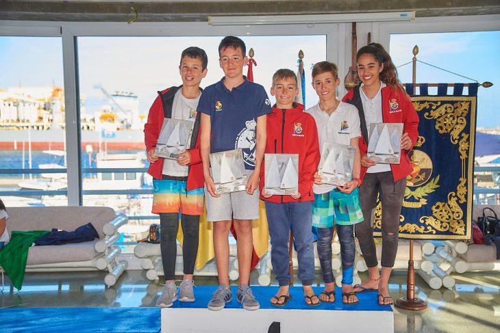 David Santacreu, ganador del Trofeo Memorial Pel Escuder de Optimist
