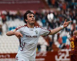 Albacete y Granada se pelean por el ascenso directo