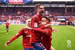 El Osasuna celebra el ascenso venciendo a Las Palmas