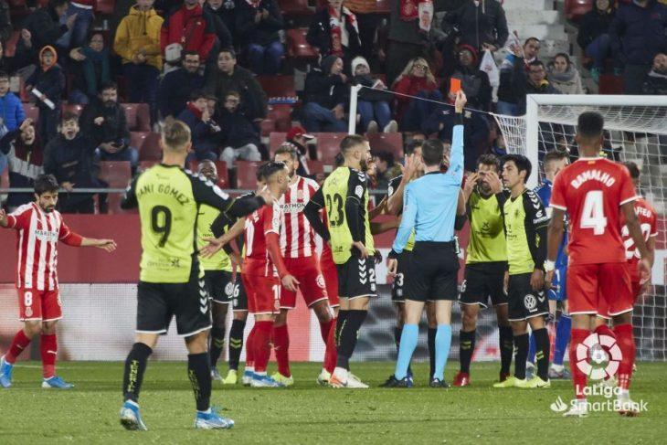 El Tenerife regala otro partido