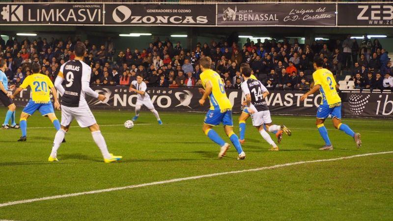 El Tenerife cumple el expediente de Copa