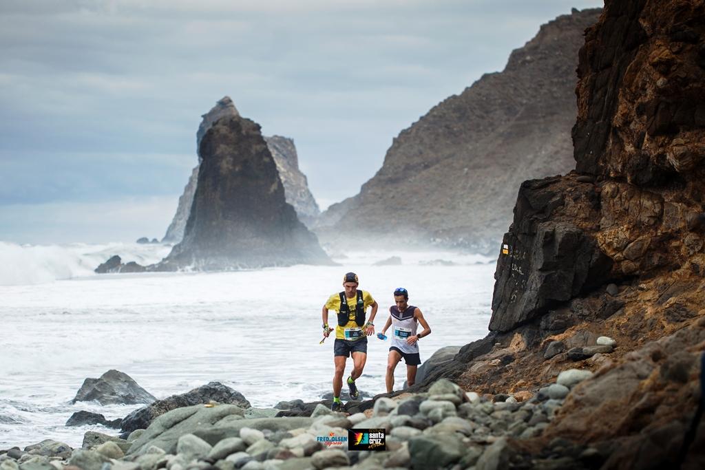 Mathias Flak y Johanna Ardel, coronan la San Silvestre Lagunera