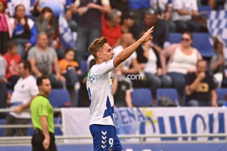 Dani Gómez se aleja del Tenerife