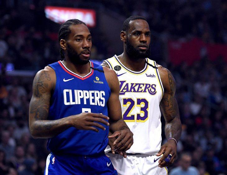 Una sede única y reducción salarial a la mitad, alternativas en la NBA
