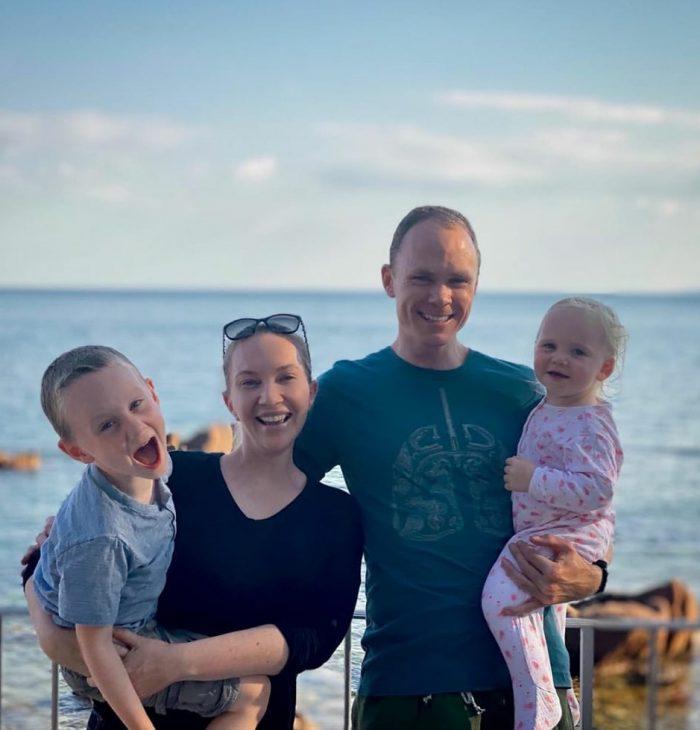 Chris Froome posa junto a su familia para celebrar su cumpleaños (@chrisfroome).