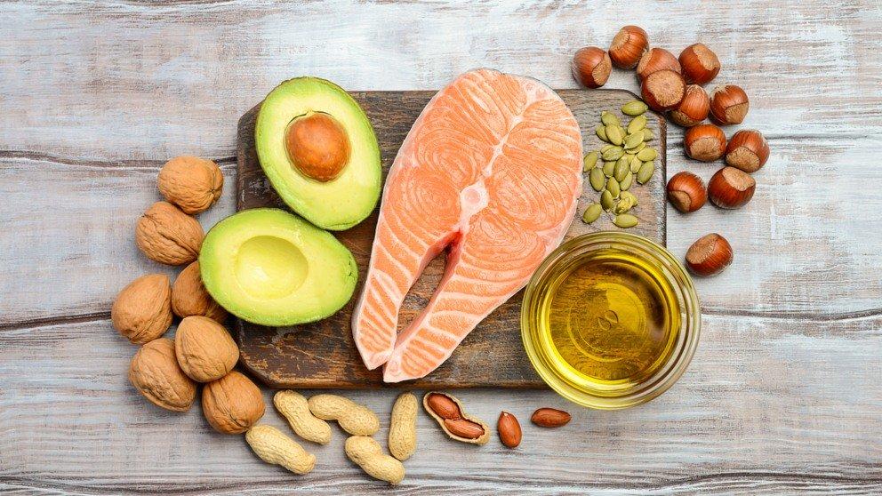 Alimentos con grasas saludables que deberías añadir a tu dieta