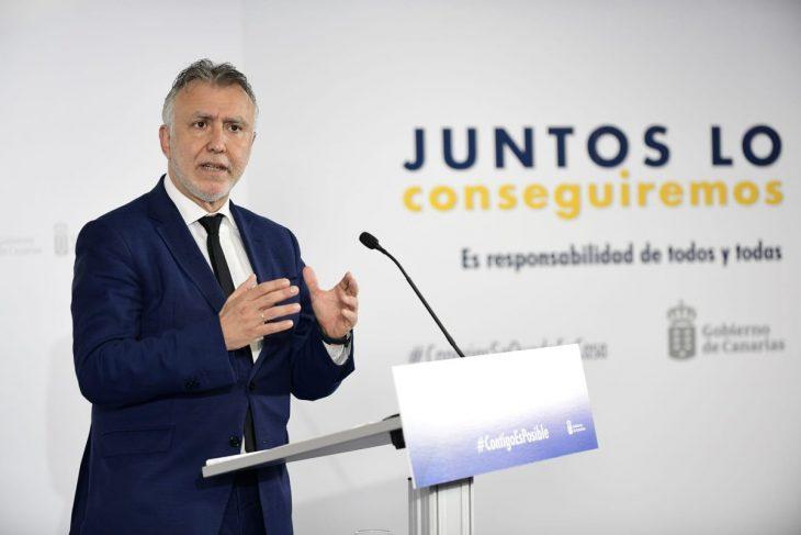 El Gobierno de Canarias ve viable que entre público a los estadios