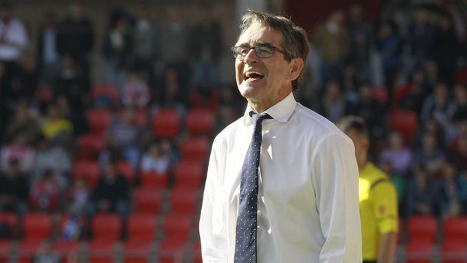 El Deportivo de La Coruña pierde a Fernando Vázquez en el final de temporada