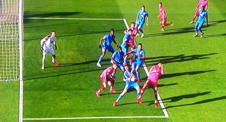Los dos penaltis sin pitar que lastran al Tenerife
